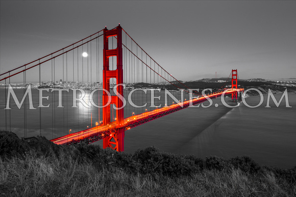 San Francisco Golden Gate Bridge Black and White and Red